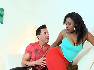 Stunning sex with ebony playgirl