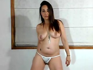 chubby girl in www.watchfreesexcams.com dance nude