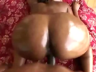 Nice Round Phat Ass Black Hoe Riding Interracial