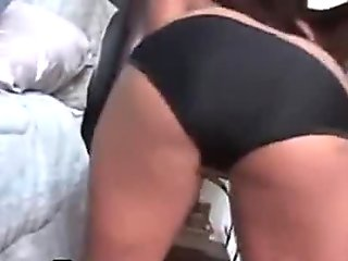 Busty Ebony Smoking And Sucking BBC