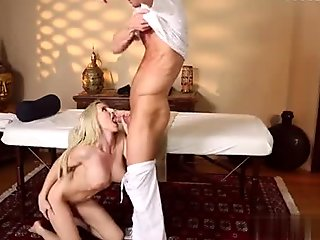 Glamour model best cum in mouth